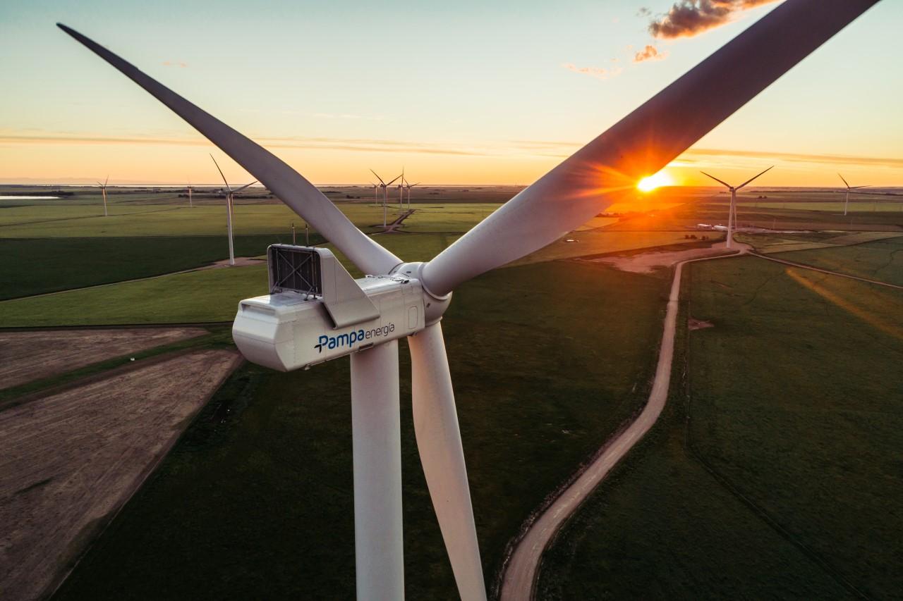 pampa-energia-mercedez-benz-energias-renovables
